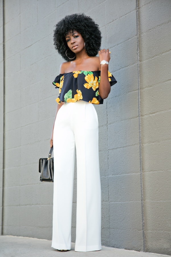 Beautiful  White Cigarette Pants Styled With Summer Polo Shirt Widebrim White