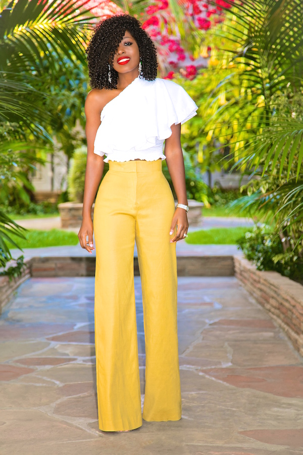 Wide-leg palazzo pants are particularly trendy, but the wide-leg silhouette has been a staple of women's fashion for over a century. Browse our unique selection of wide legs, cropped wide legs, trousers, and culottes – and choose a stylish pair to make your own.